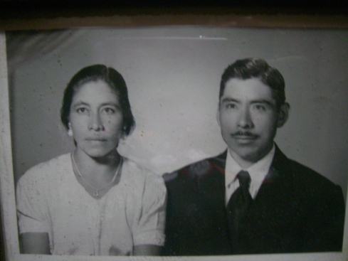 Mi Tio Reginaldo and his wife
